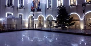 200 m2 de patinoire synthétique