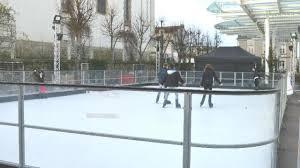 Patinoire complète équipée de patins 3S